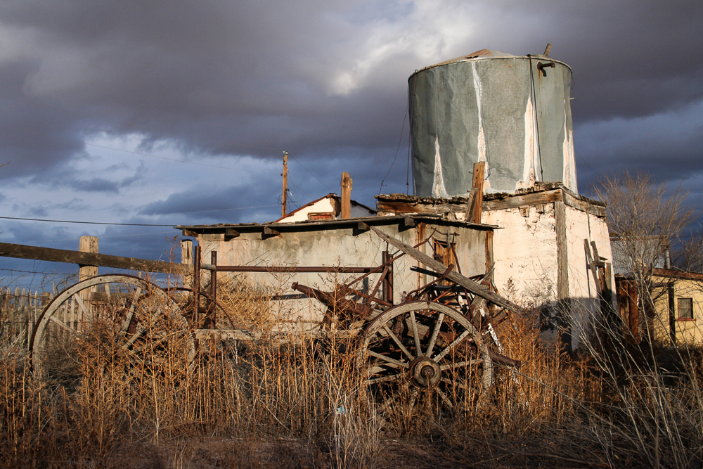 Photo: generations of lost causes, San Antontio, New Mexico