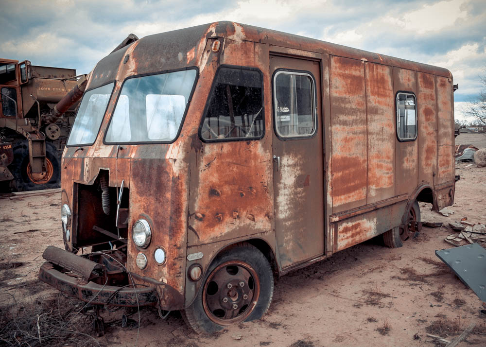 Photo: Abandoned truck in a wasteland, San Antontio, New Mexico, 2 of 4
